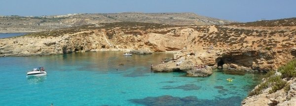 Sights island Comino Tourism